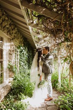 couple photo in bridal walkway