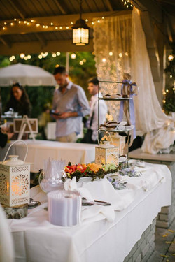 BUFFET SET UP OUTDOORS