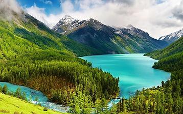 Russia_Mountains_Lake_469922_1680x1050 (