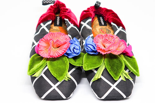 Fashionable Women's Slippers - 5 Great Styles