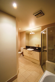 Townhouse 1 Master Ensuite