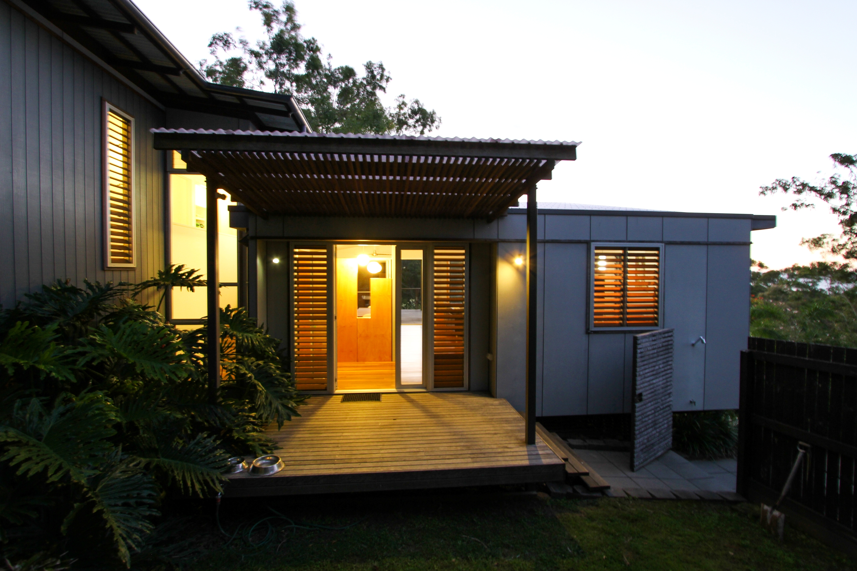 Kira Entrance