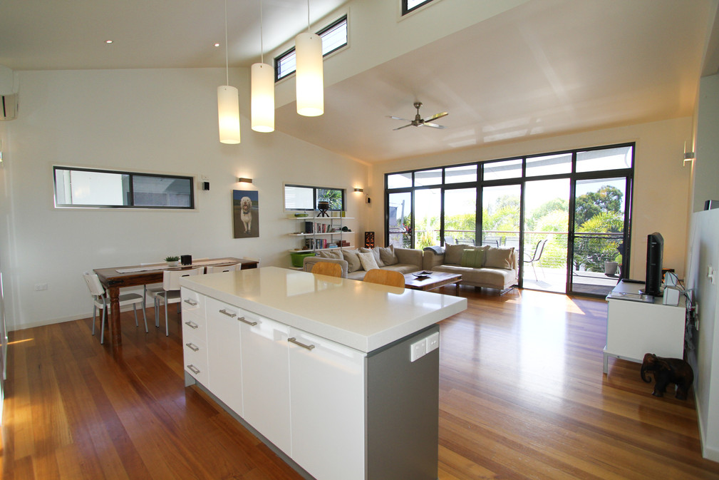 Townhouse 3 - open plan living, kitchen, dining and deck with ocean views