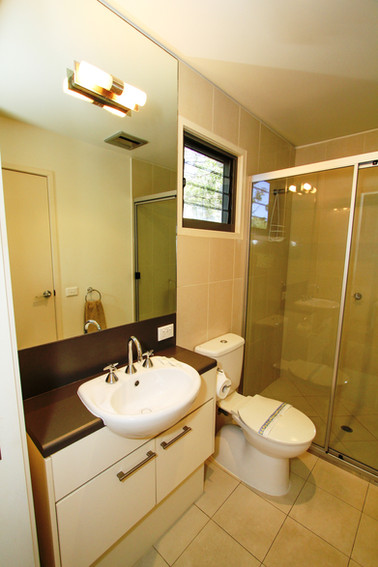 Townhouse 3 Bed 2 Ensuite