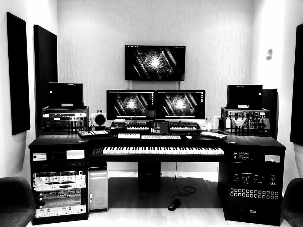 ahmed almusawi studio استوديو الموسوي