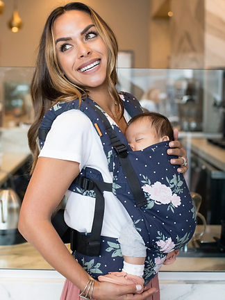 baby-tula-free-to-grow-baby-carrier-blossom-mom.jpg