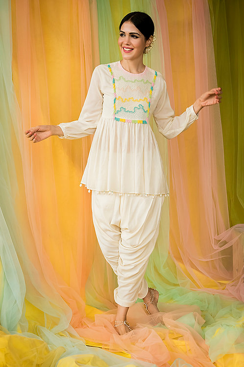 Off-white Short Kurta & Dhoti