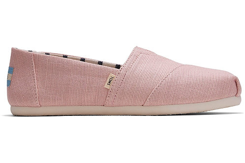 Spanish Villa Heritage Canvas Women's Classics Venice Collection