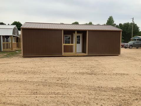16x32 Center Cabin