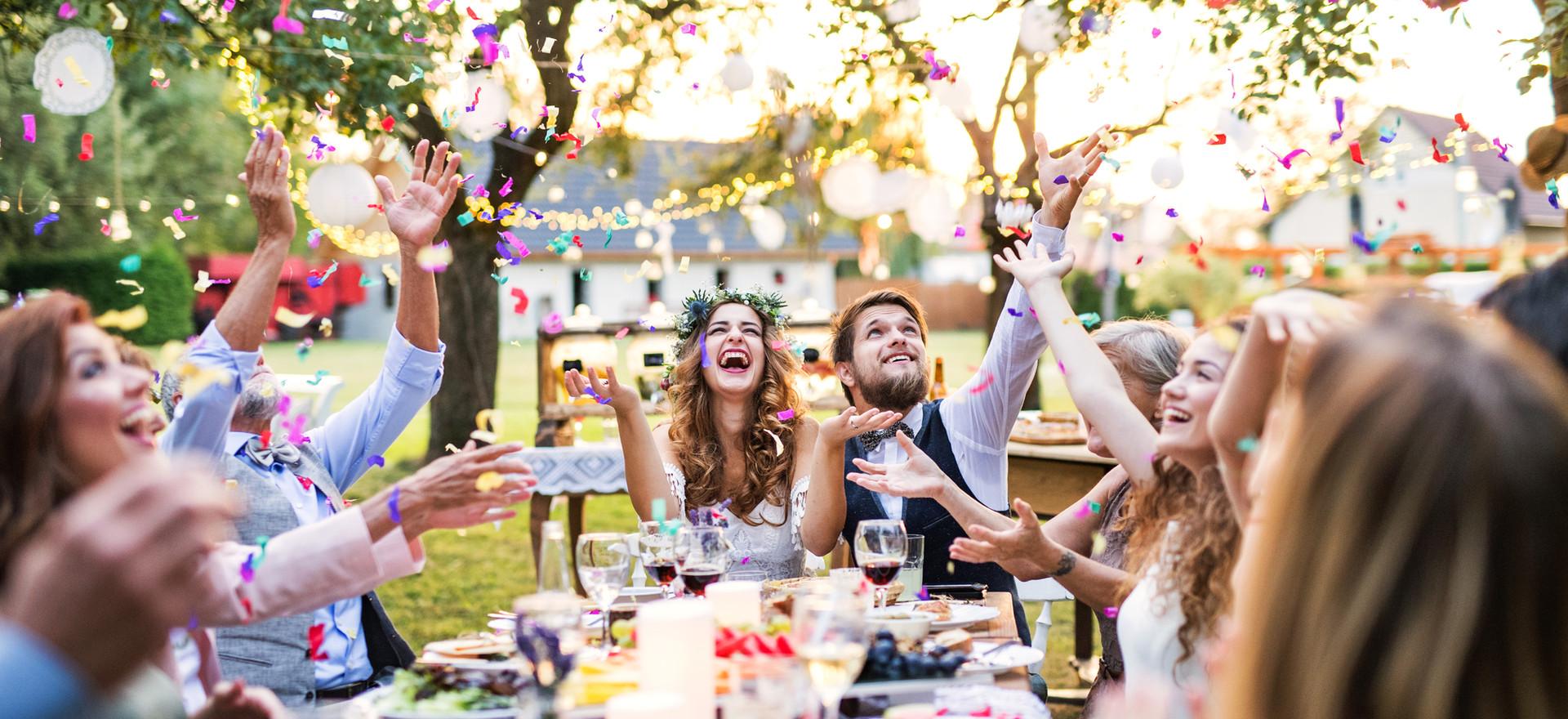 outside wedding family.jpg