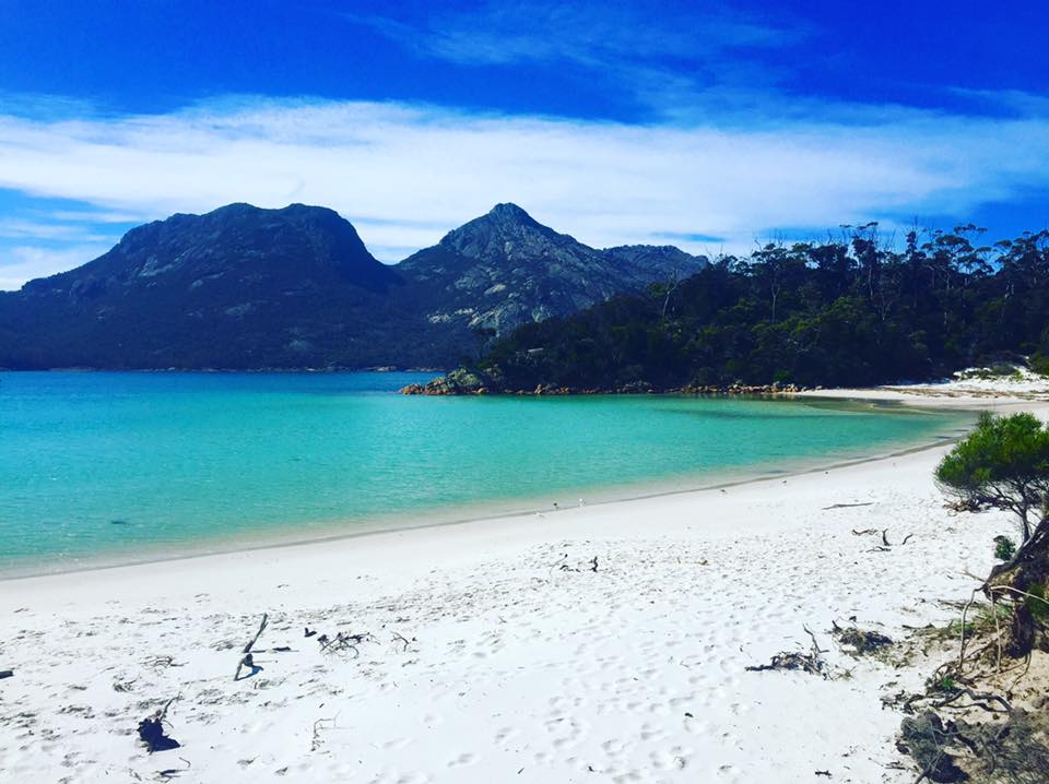 Beautiful Wineglass Bay - Freycinet Circuit