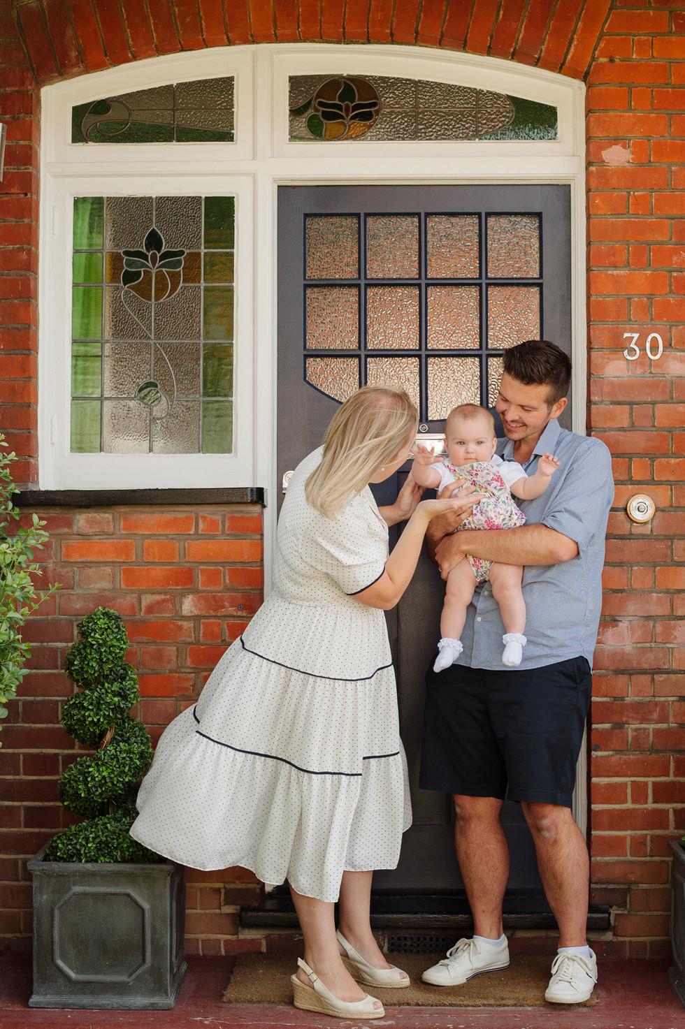 robin-studios-croydon-doorstep-portraits