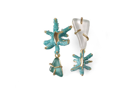 aquamarine earrings with one pearl stone and one blue stone
