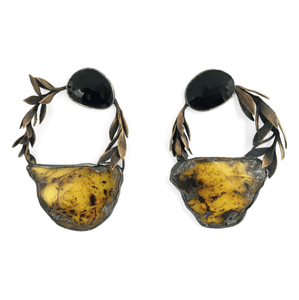 Earrings made from amber, black spinel, fine silver, sterling silver, bronze, cast sedum sarmentosum