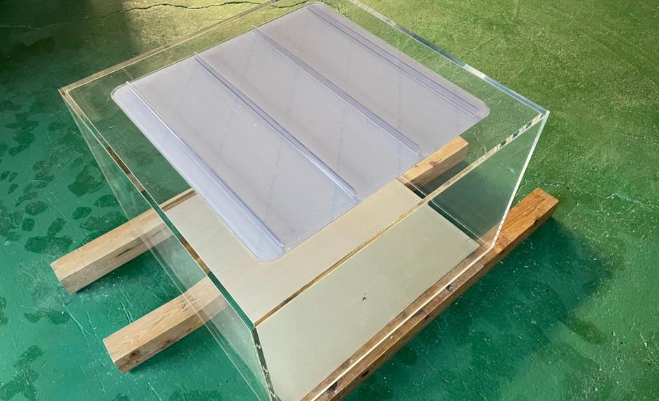 天板式アクリル水槽
