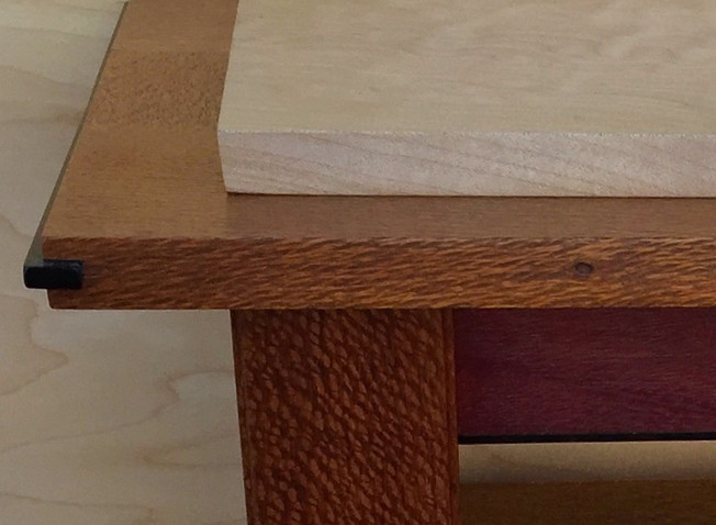 sofa table detail