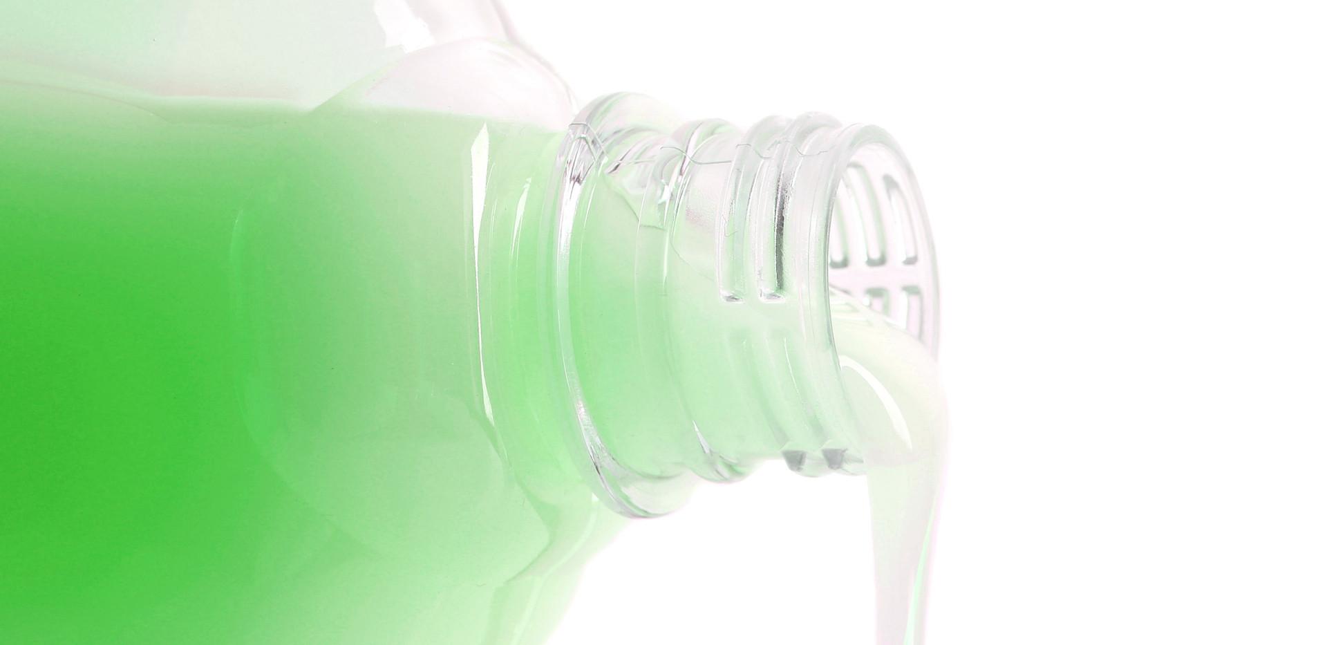 tropical shampoo pour.jpg