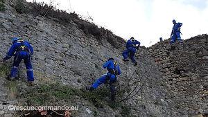Καθαρισμός τειχών του  κάστρου Ρηνιάσσας
