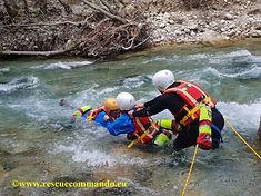 Εκπαίδευση διάσωσης σε ορμητικά νερά