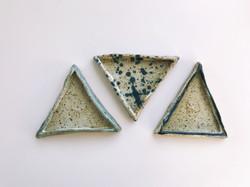 Ceramic ring dishes