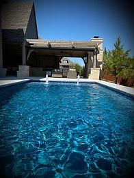pool w/vignette