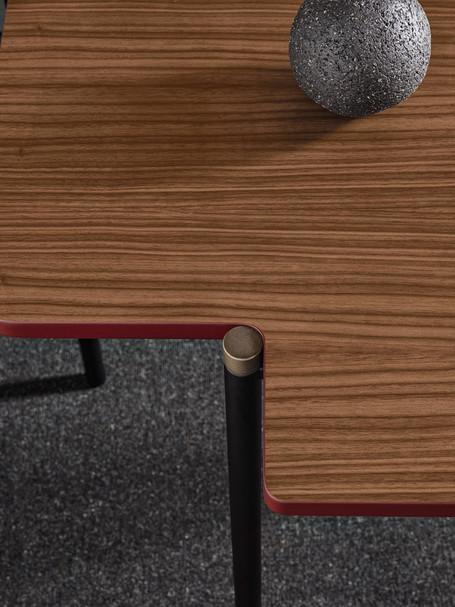 Frag_Arita desk_ (2).jpg