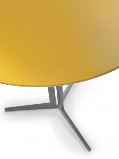 FLY BAR TABLE_02.jpg