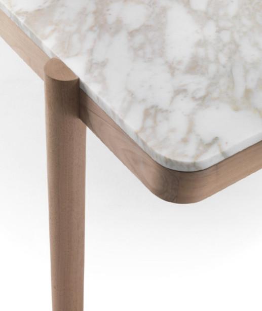 Gustav table details.jpg