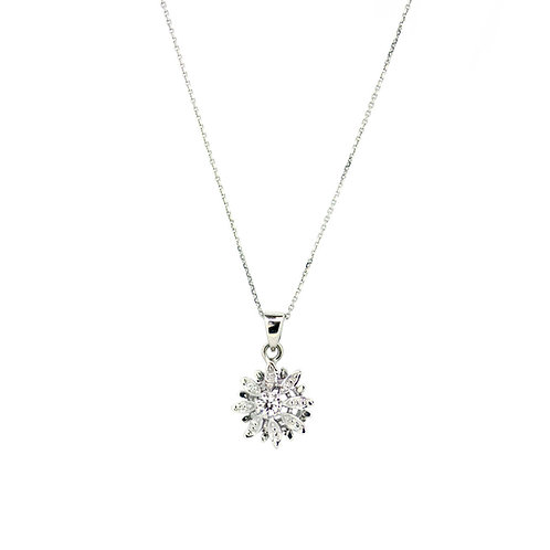 Diamond Flower Fulla Solitaire Pendant