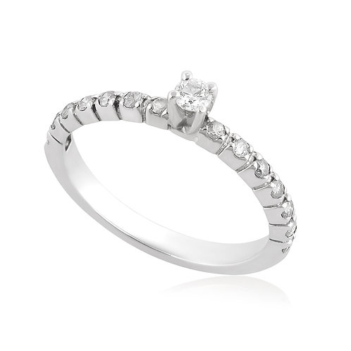 Unique Engagement Diamond Ring