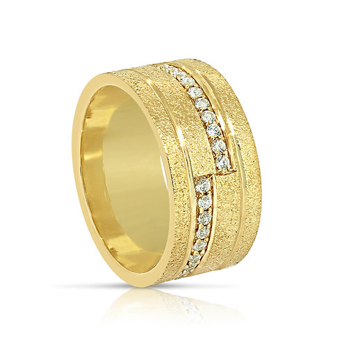 Oriental Rough Surface CZ Gold Ring