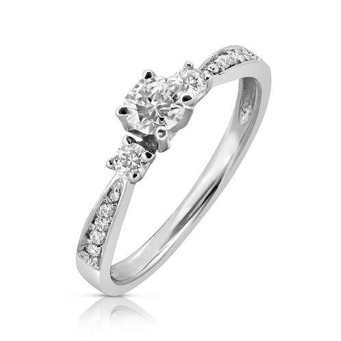 Smooth Elegant Engagement Diamond Ring