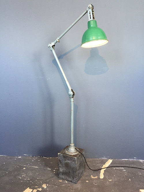 Dugdills industrial work lamp with cement base