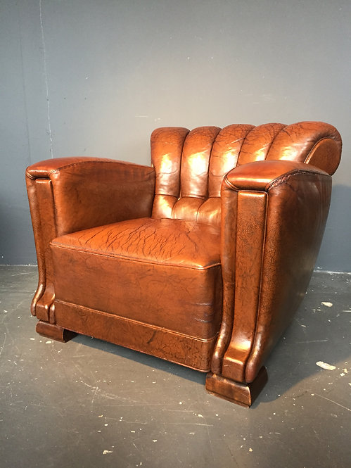 1930s leather club chair