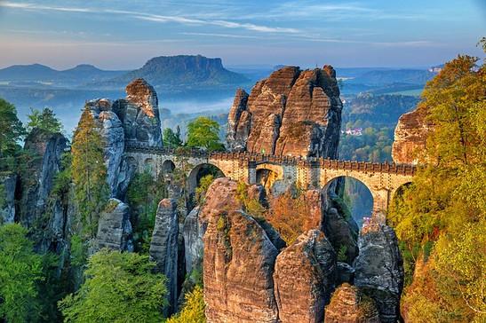 bastei-bridge-3014467_640.jpg