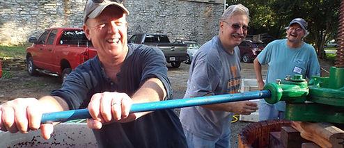 Chattanooga Wine Club members working