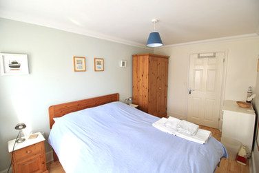 SG master bed 1.jpg
