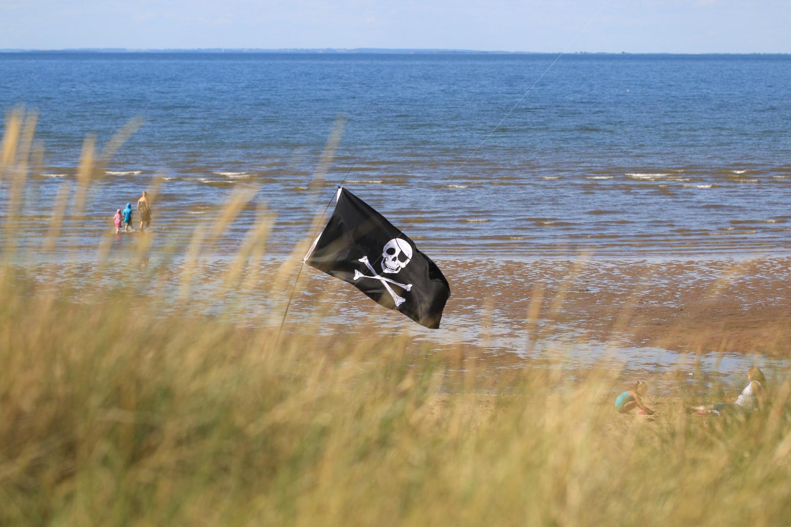 Skull and crossbones Old Hunstanton beach