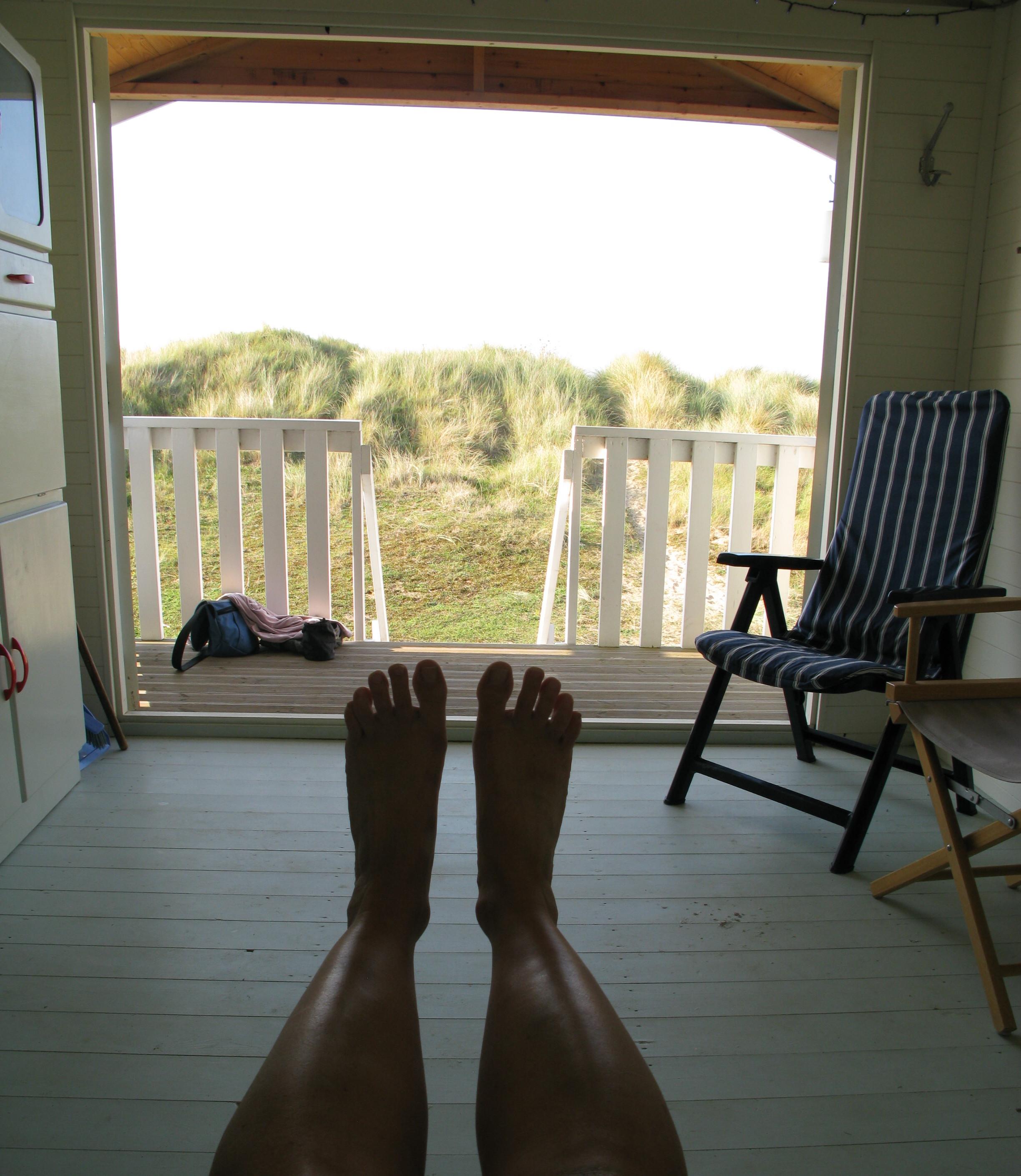 beach hut feet
