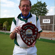 WEBC - Aussie Pairs 2021 - Peter Fry with the shield