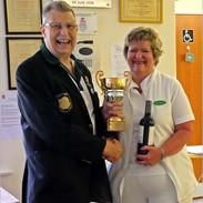 Steve Brierley & Linda Maryan winner of Presidents Trophy 2021