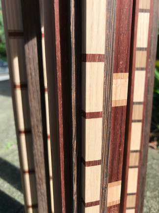 STRAIGHT AND PERPENDICULAR LAMINATION
