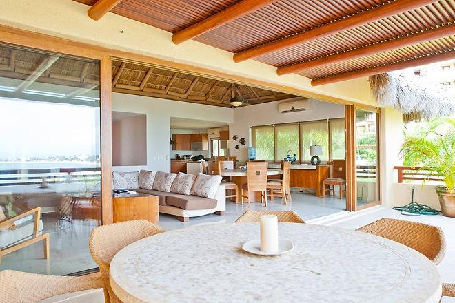Casa Liliana living room