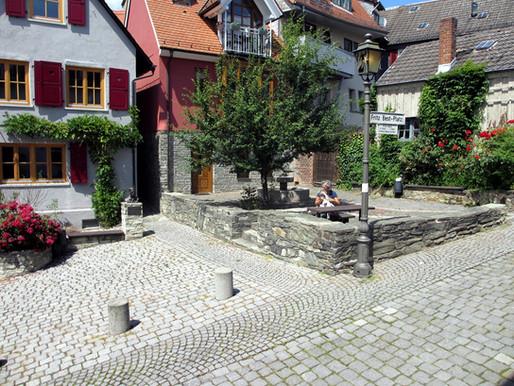 ...der vom Altstadtkreis gestaltete Fritz-Best-Platz.