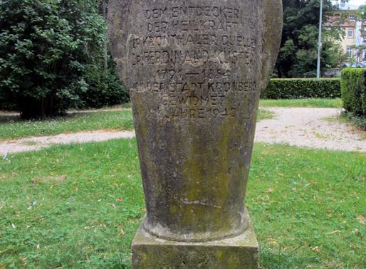 ...der Gedenkstein an Dr. Ferdinand Küster