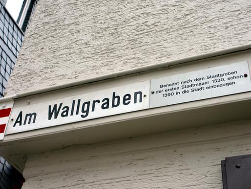 """... die Straße """"Am Wallgraben""""!"""