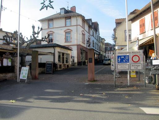 ...das Frankfurter Tor,