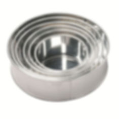 Round cake tin hire in Liverpool