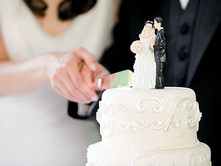 TOP TIPS FOR PICKING YOUR WEDDING CAKE
