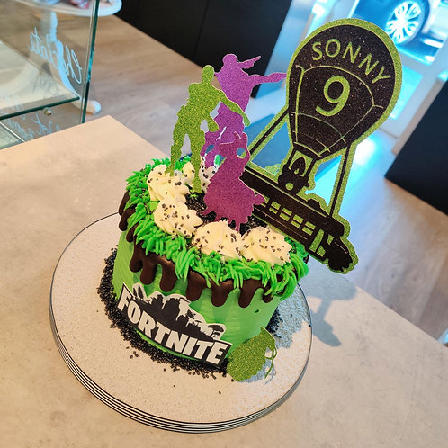 Fortnite Drip Cake in Liverpool